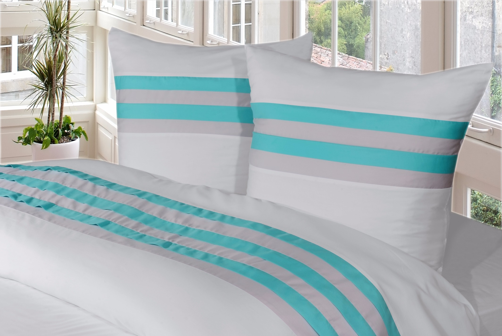 housse de couette turquoise housse de couette et cache. Black Bedroom Furniture Sets. Home Design Ideas